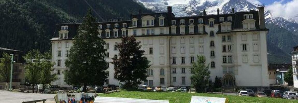 Chamonix : Les Bancs des amoureux vendus aux enchères